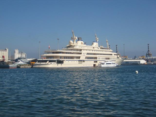 Su precio es de 267 millones de euros y tiene capacidad para 70 personas