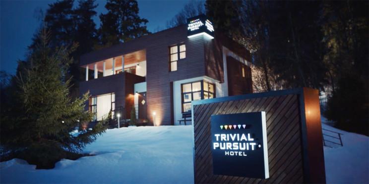 El hotel se encuentra en Moscú, Rusia / Trivial Pursuit Hotel