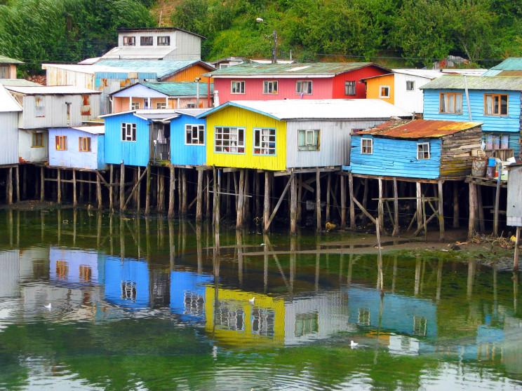 Palafitos de Castro, Chile / Wikimedia Commons