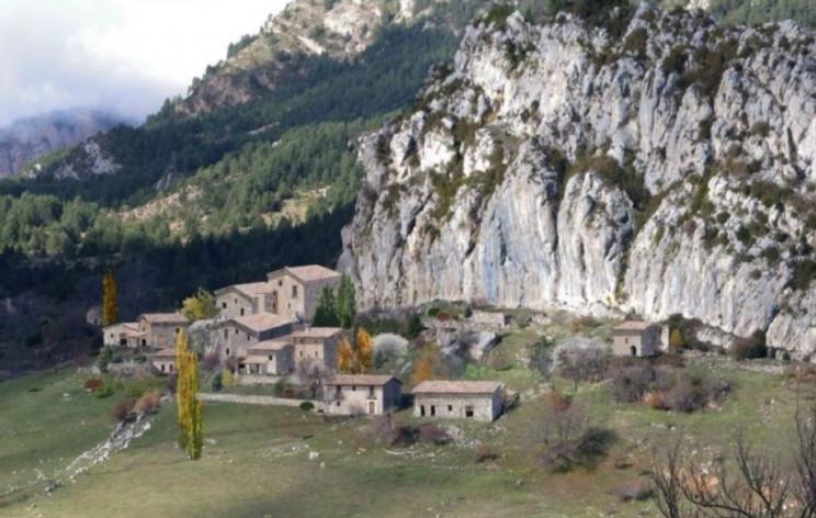 Se vende un pueblo minero abandonado en idealista por 2,1 millones