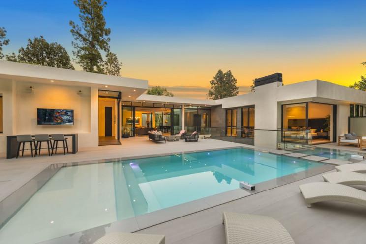 Mansión de lujo en Beverly Hills / Everett Fenton Gidley and Darren Assay
