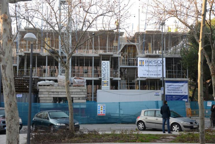 Construcción en Madrid. Fuente: Wikimedia.