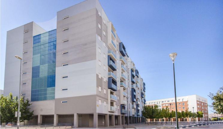 Bloque de viviendas en Badajoz / Sareb