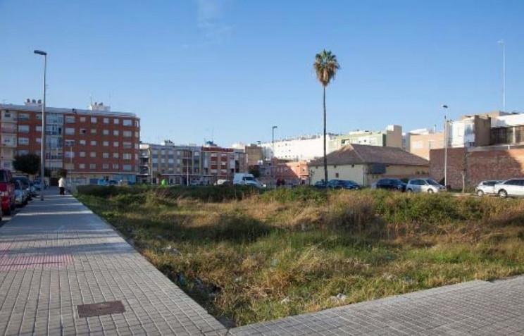 Solar en venta en Valencia / Casaktua