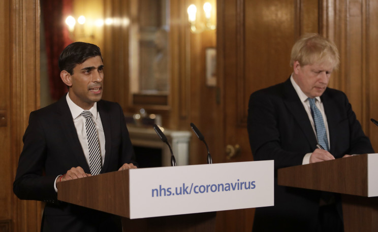 El Canciller de Hacienda, Rishi Sunak, y el primer ministro británico, Boris Johnson / Gtres