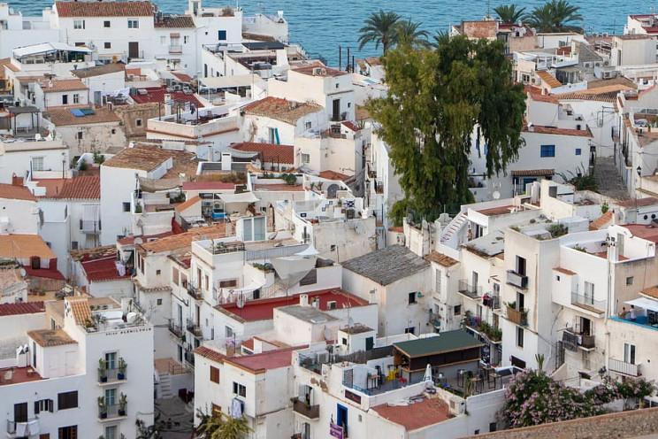 Viviendas en Ibiza / Pxfuel.com