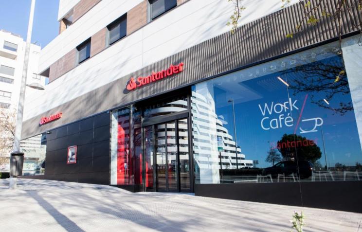Imagen de una sucursal bancaria del Santander / Banco Santander