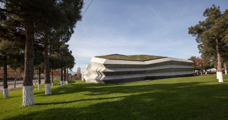 Giorgi Khmaladze Architects