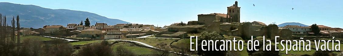 El encanto de la España vacía - <p>A los sitios bonitos cuesta llegar, porque si no, iría cualquiera… Por eso, en nuestro periplo por dar fe de los seis pueblos más bonitos de España, según la revista The Times, hemos tenido que coger trenes, aviones, coches…: Tazones, en Asturias; San Martín de Trevejo, en Cáceres; Setenil de las Bodegas, en Cádiz; Níjar, en Almería; Bonilla de la Sierra, en Ávila y Roda de Isábena, en Huesca. Cada uno de ellos tiene sus particularidades, su propio encanto, su magia, pero todos, absolutamente todos, tienen algo que los hace únicos. Se acerca el verano, tiempo de vacaciones, de viajes, de relax, de descubrimiento. Pasen, vean y disfruten.</p>